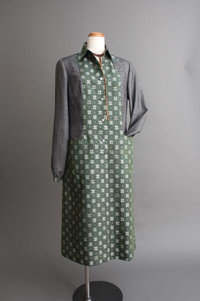 長井絣エプロン・ドレス Nagai-kasuri apron dress